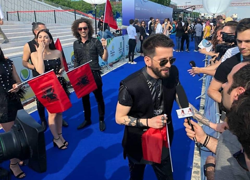 Disa orë nga Eurovizioni, Bushpepa mesazh shqiptarëve