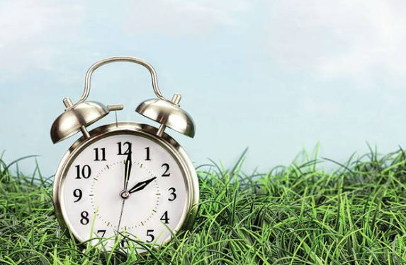 Pse ora është e ndarë në 60 min dhe pse minutat janë të ndarë në 60 sek?