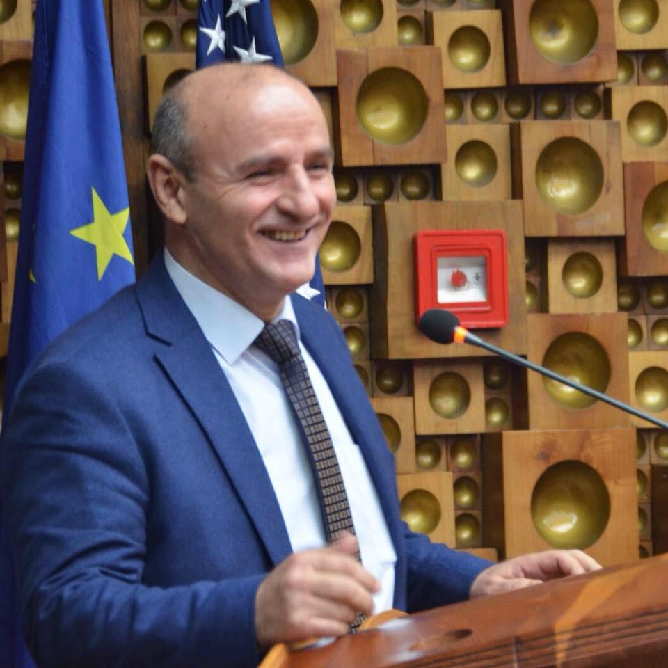 Bilall Sherifi: në zgjedhjet e radhës, Limaj kandidat për kryeministër