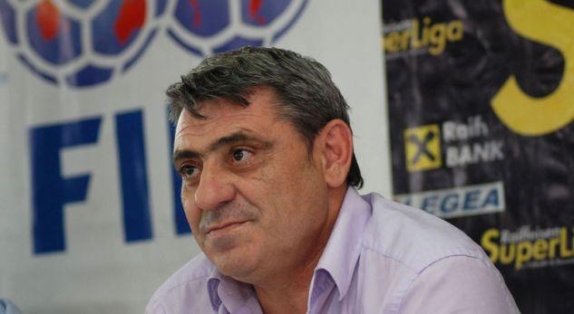 Ka ndëruar jetë legjenda e fudbollit shqiptar Fadil Vokri