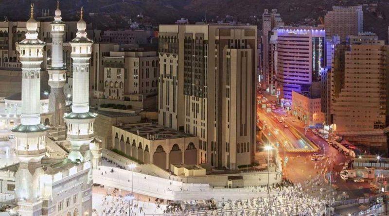 Burri në Mekë bën vetëvrasje, hidhet nga ballkoni mes njerëzve