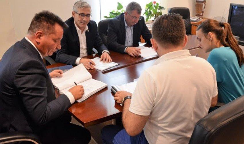 Fillon projekti i autostradës më të gjatë në Kosovë