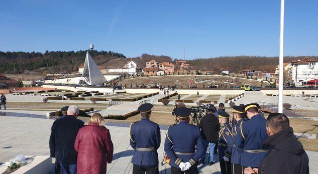 Thaçi: Sakrifica sublime e familjes Jashari është bazament i lirisë dhe Pavarësisë së Kosovës