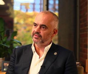 """Rama:Bashkimi i Kosovës me Shqipërinë nuk është një """"plan B"""" por """"një plan A"""". Reagon ashpër Rusia"""