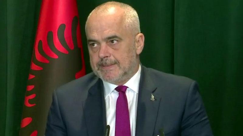 Rama: Zjarri s'ka ç'i bën qeverisë, por Shqipërisë i bën veç dëm!