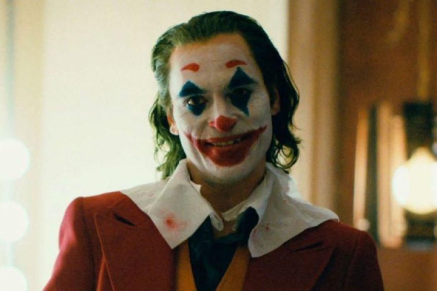 """""""Joker"""" deri tani i ka fituar 1 miliard dollarë vetëm nga shfaqja nëpër kinema"""