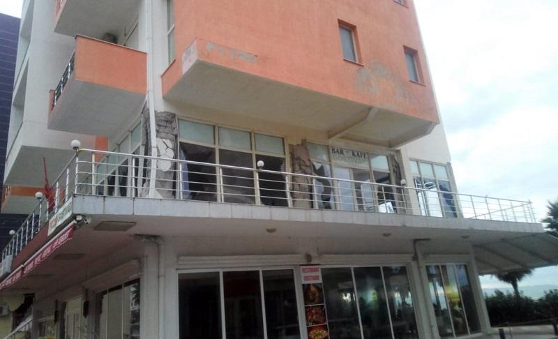 Hoteli u shemb me eksploziv, pronari kishte planifikuar të shtonte kate