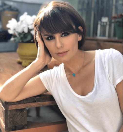 Mira Kazhani tregon skandalet e Festivalit të RTSH-së: Alketa dhe Elvana kishin një