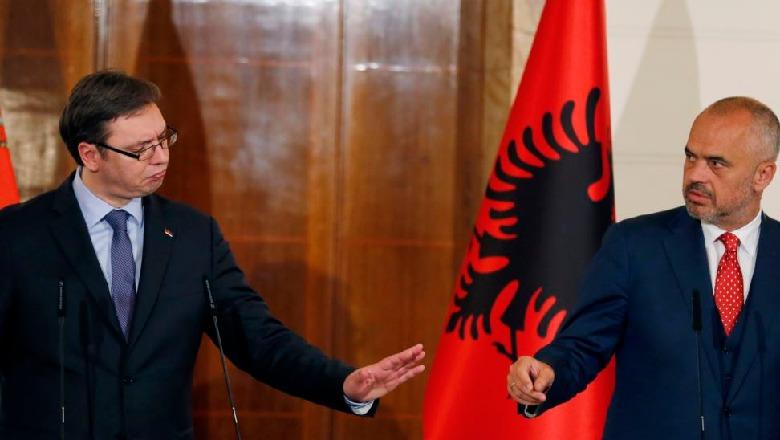 Vucic e quajti masakrën e Reçakut krim i fabrikuar, reagon Rama