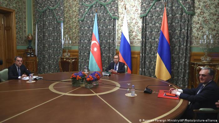 Armenia dhe Azerbajxhani arrijnë marrëveshje armëpushimi