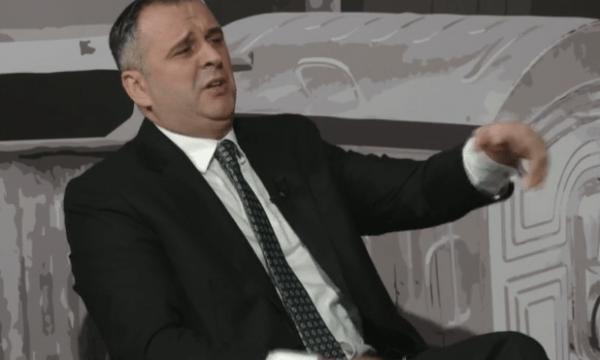 Bajqinovci: LDK është parti e korruptuar, Isa Mustafa merr pagë nga UP pa shkuar në punë