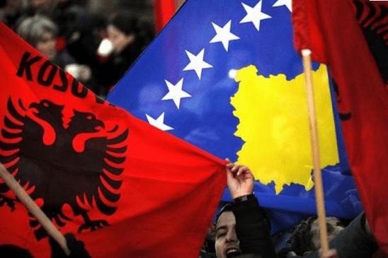 Kryeministri Edi Rama furnizon Kosovën me vakcina
