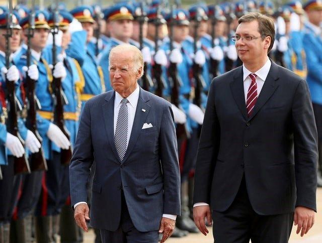 Mediat në Serbi të tronditura: Biden i dërgon letër Vuçiqit, i kërkon ta njohin Kosovën