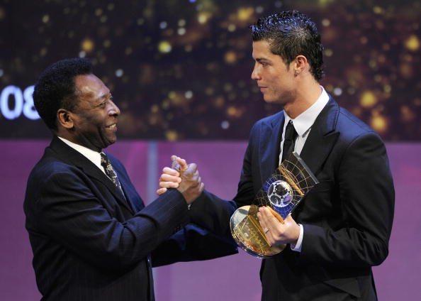Ronaldon theu rekordin me më së shumti gola, Pele e uron.