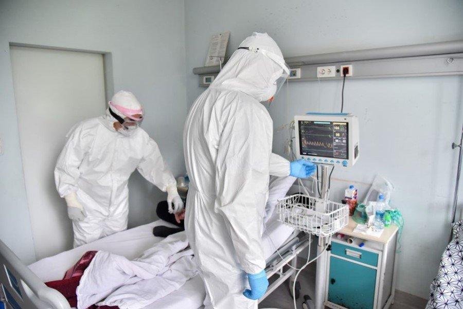 Një vit pandemi- Kosova ende pa vaksinë, sa keq